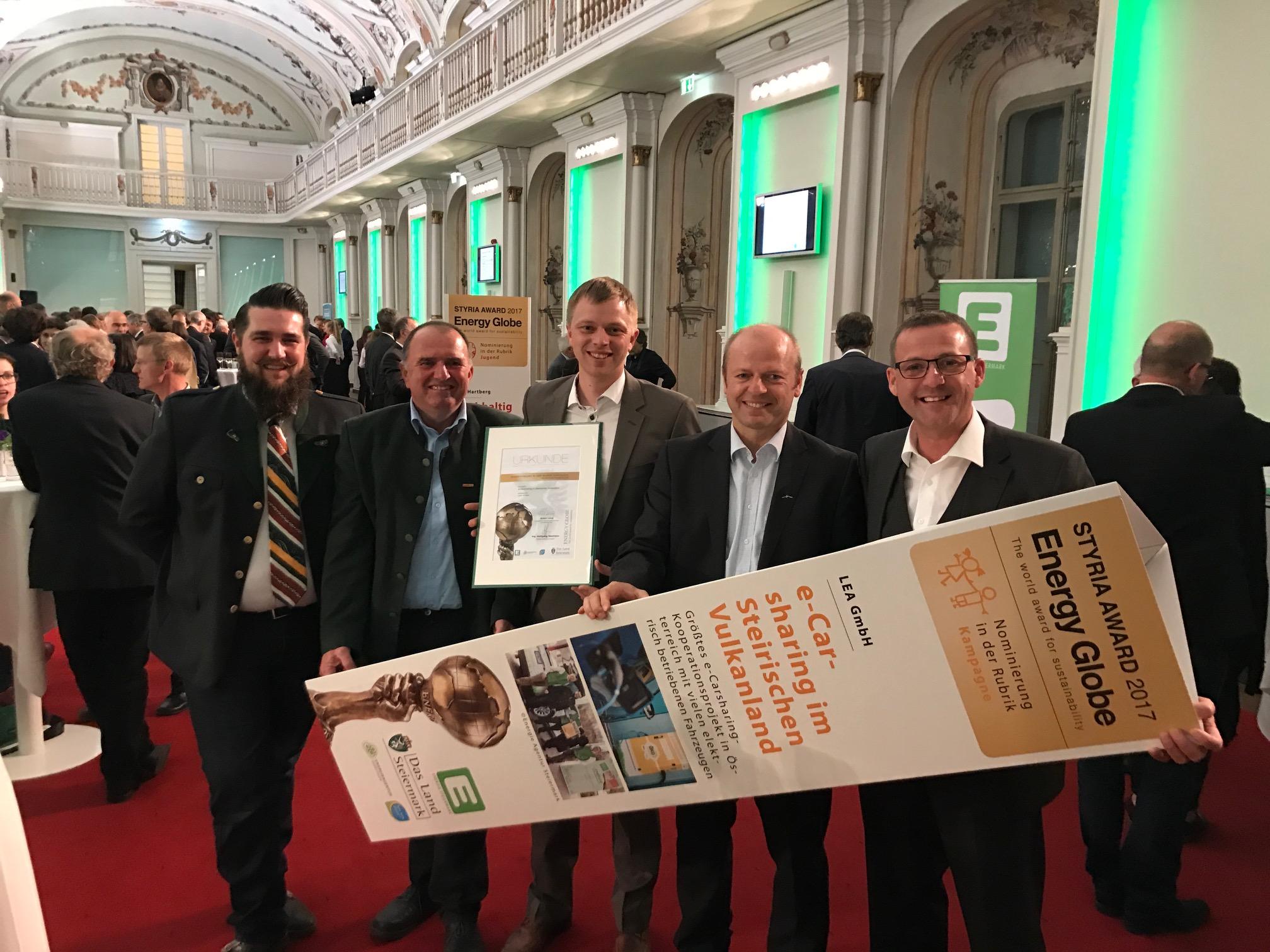 """Energy Globe Auszeichnung """"e-Carsharing Steirisches Vulkanland"""""""