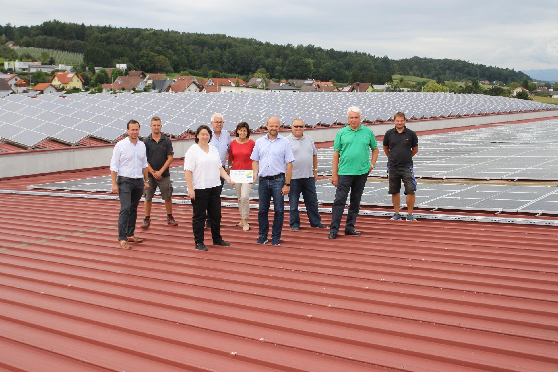 1300 Paneele liefern erneuerbare Energie, Kleine Zeitung, 26.08.2020